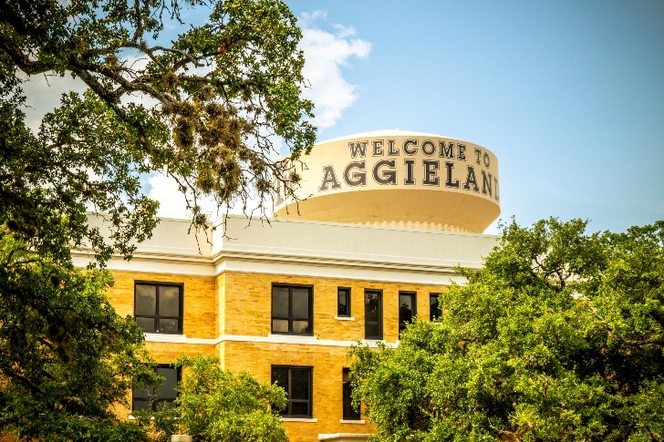 Texas A&M University, College Station building